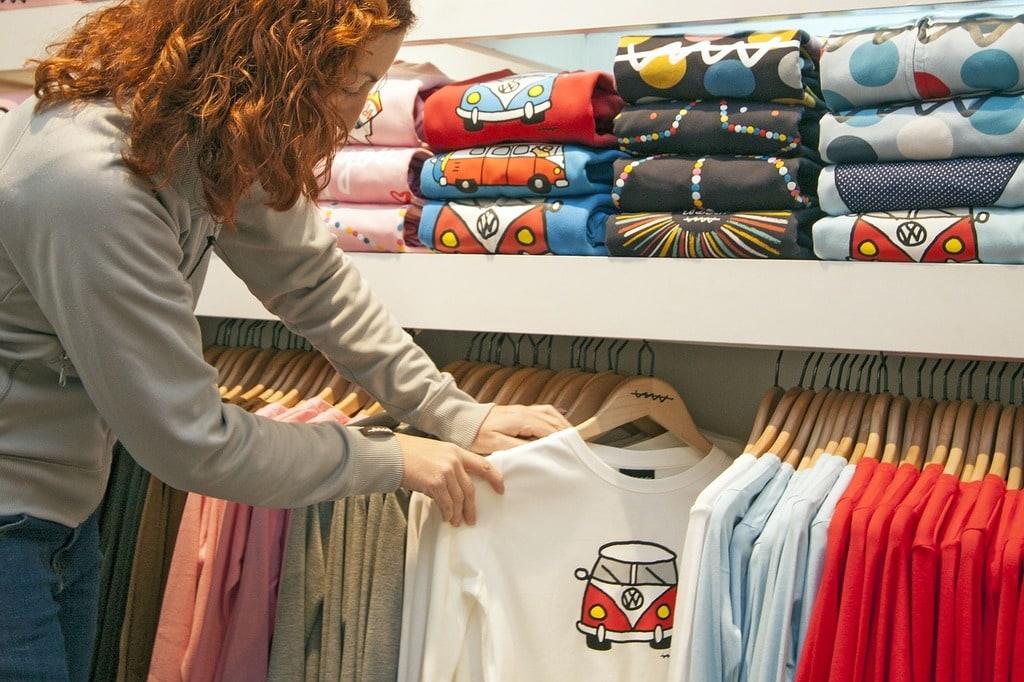 Comment choisir ses vêtements en friperie